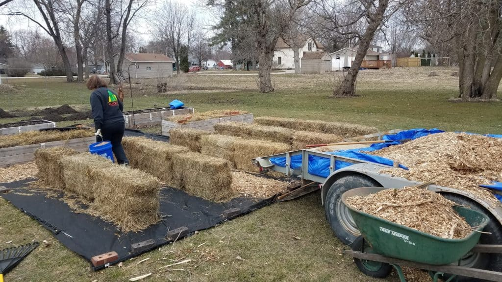 Straw Bale Gardening setting up the straw bale garden